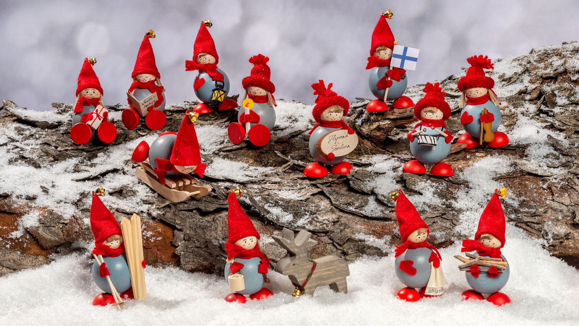 Handcrafted Small Elves